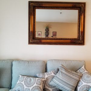 Large Wall Mirror 3' x 4' for Sale in Riverside, CA