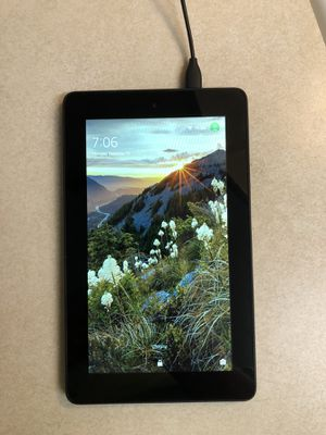 Amazon Kindle Fire 5th Generation Perfect Condition for Sale in Columbus, OH