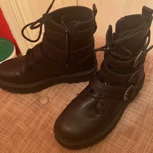Zara kids boots. for Sale in Bowie, MD