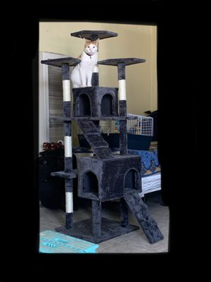 Cat tree for Sale in Los Angeles, CA