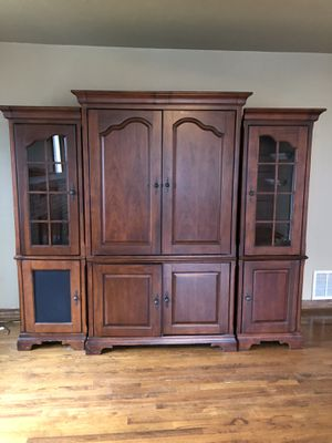 Beautiful Cherry 3 Piece TV / Media Cabinet for Sale in Chelan, WA