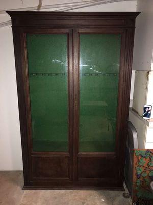 Gun cabinet for Sale in Lynchburg, VA