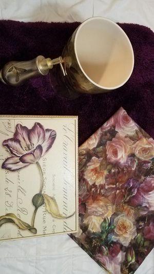 Floral Bath Set - (4 Piece) - Like New! for Sale in Teaneck, NJ