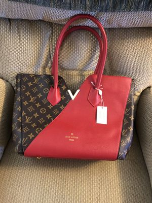 Nice bag for Sale in North Bethesda, MD