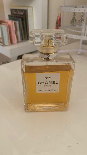 Perfume Chanel n5 ✨ for Sale in Temecula, CA
