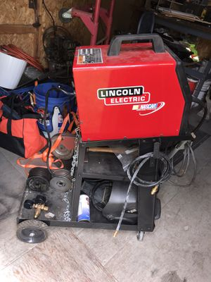 Lincoln Electric Weld Pak 100 w/ welding cart and many accessories for Sale in Hillsboro, OR