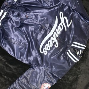 Majestic Yankees Game day Jacket for Sale in Fresno, CA