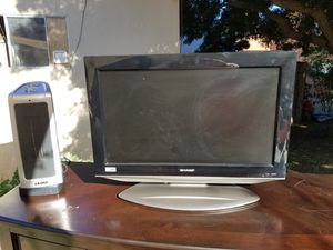 Sharp 26 inch HD TV with remote for Sale in Los Angeles, CA