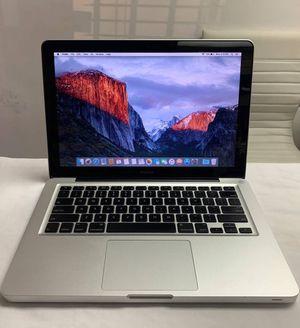 MacBook Pro Mid 2010 for Sale in Miami Gardens, FL