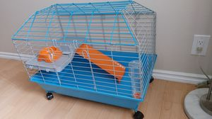 All living things rabbit and guinea pig cage for Sale in Norwalk, CA