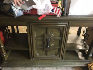 Entry table antique for Sale in Pittsburgh, PA