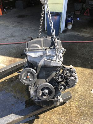 2011 Hyundai Tucson engine and transmission 87k miles amp 1000 dollars for Sale in Everett, WA
