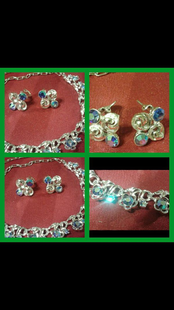 Vintage Necklace and Clip on Earrings