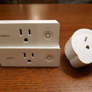 Wemo Mini Smart Plug (2), plus Etekcity Smart Wi-fi Outlet for Sale in Kirkland, WA
