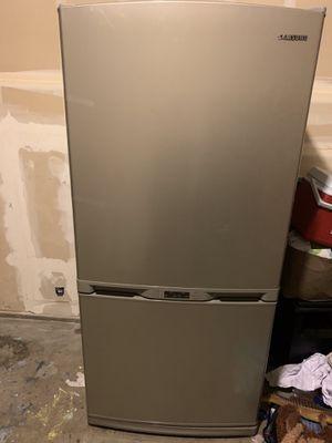 Samsung Refrigerator for Sale in Fullerton, CA