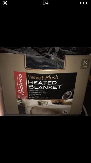 Sunbeam king size (could use on queen) dark grey lightly used clean velvet electric blanket still under warranty for Sale in Portland, OR