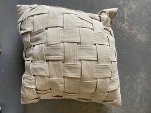 "Throw / decorative pillow 16x16"" for Sale in Yorba Linda, CA"