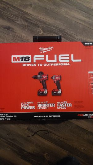 Milwaukee Fuel Combo Kit Hammer Drill and Impact for Sale in Englewood, CO