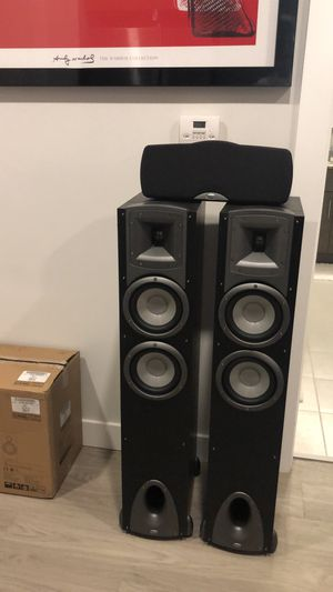 Klipsch Synergy F2 speakers + center channel for Sale in Tampa, FL