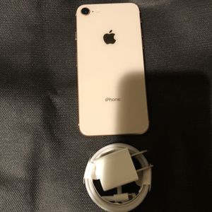 256Gb Gold iPhone 8 - Factory Unlocked for Sale in Brooklyn, NY
