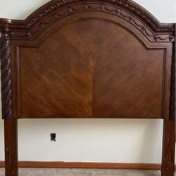 Bed Frame for Sale in Bothell,  WA