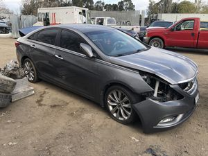 2011 Hyundai Sonata for parts only. (R&D) for Sale in Modesto, CA