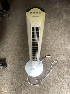 Honeywell oscillating fan for Sale in San Diego, CA