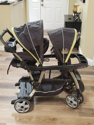 Graco Double Stroller for Sale in Victorville, CA