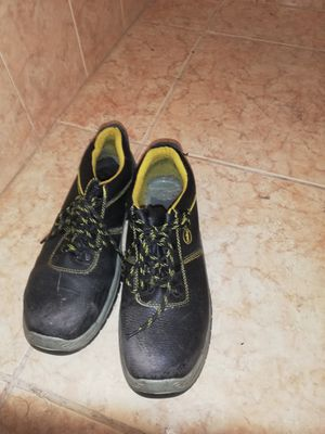 Work boots for Sale in Pembroke Pines, FL