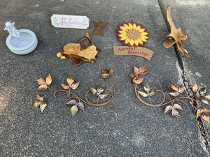 Home decorations for Sale in Brooks, OR