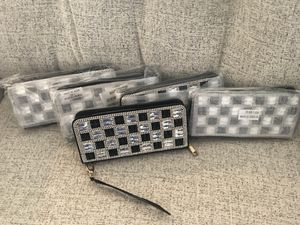 Woman's brand new Black and Crystal wristlet wallet for Sale in Fredericksburg, VA