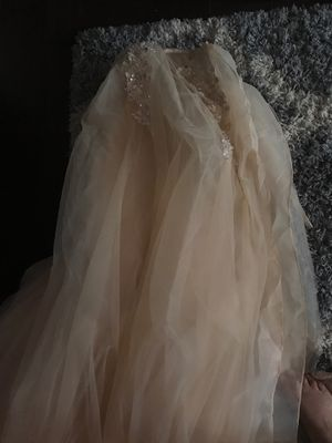 Beautiful Champagne wedding dress for Sale in Upland, CA