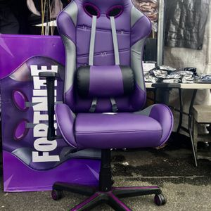 Fortnite Gaming Chair (Raven Edition ) for Sale in Lancaster, PA