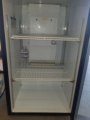 Bevarage air mini commercial fridge for Sale in Rosemead, CA