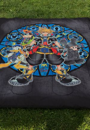 Kingdom of hearts full size comforter for Sale in Tacoma, WA