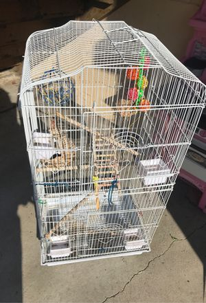 Bird cage fore a good price it's doble cage just serious people that want it for Sale in Spring Valley, CA