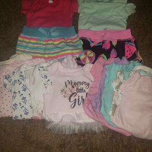 0-3 Month Girl Onsies for Sale in Chula Vista, CA