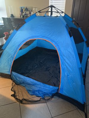 Lethmik instant camping tent. for Sale in North Las Vegas, NV