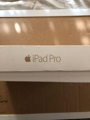 I Pad Pro 12.9 1st Gen for Sale in Phoenix, AZ