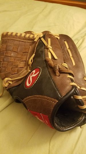 Outfield Baseball Glove - 12in Rawlings Glove for Sale in Tempe, AZ
