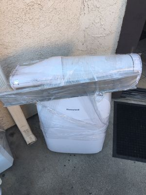 HONEYWELL PORTABLE AC UNIT for Sale in Irwindale, CA