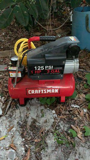 125psi 3gal craftsman air compressor for Sale in St. Petersburg, FL