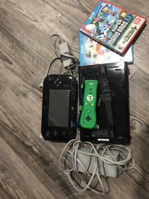 Nintendo Wii U with 2 games for Sale in West Covina, CA