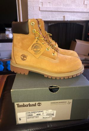 NEW NEVER WORN Child's 5/ Women's 7 Authentic Timberland Boots for Sale in Burlingame, CA