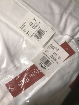 Davids bridal a line underskirt BRAND NEW for Sale in Lorain, OH