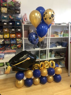 Graduation Balloon bouquet for Sale in Waterbury, CT