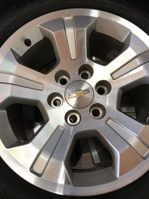 """Chevy Silverado 18"""" stocks Toyo M/T for Sale in Dinuba, CA"""