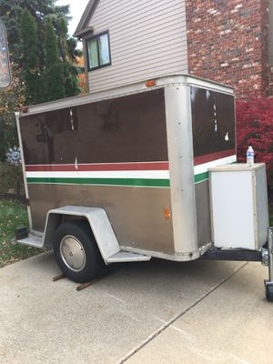 8x6 enclosed trailer for Sale in Troy, MI