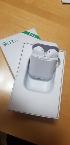 Bluetooth wireless earbuds new rechargeable for Sale in San Jose, CA