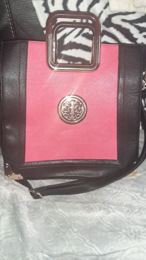 Wooden handled bag with strap u can keep or remove for Sale in Randolph, MA